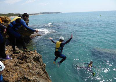 Snorkel i Coastering a la platja de Tamarit de Tarragona