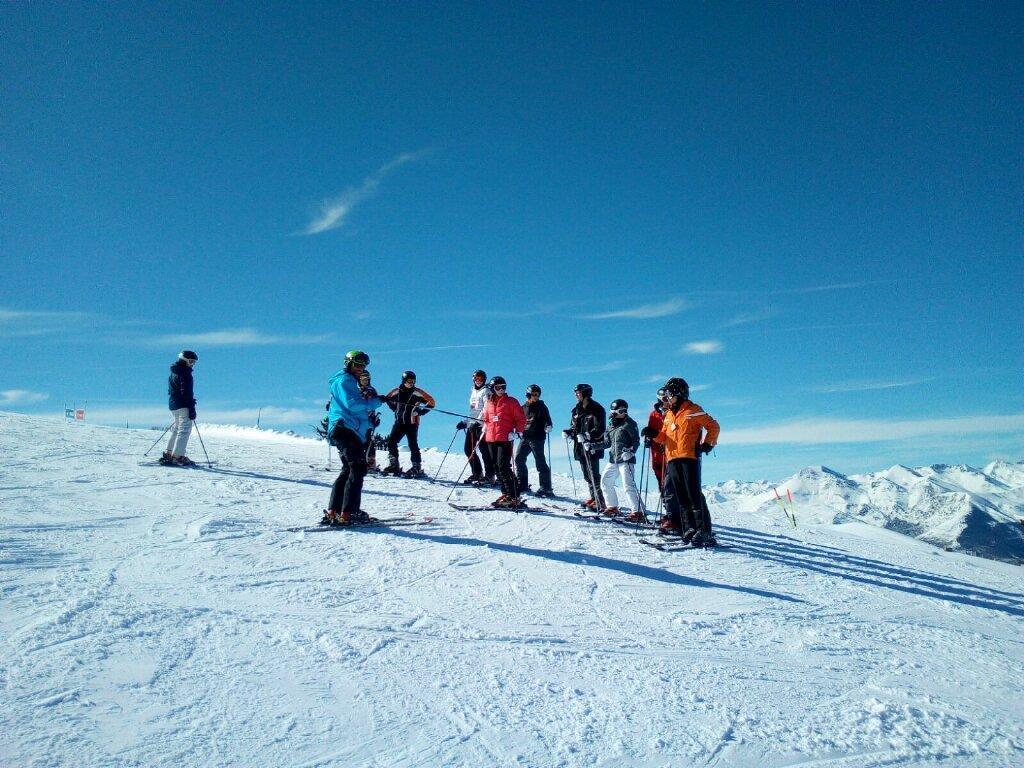 Salida de esquí de montaña con guía en Tavascan