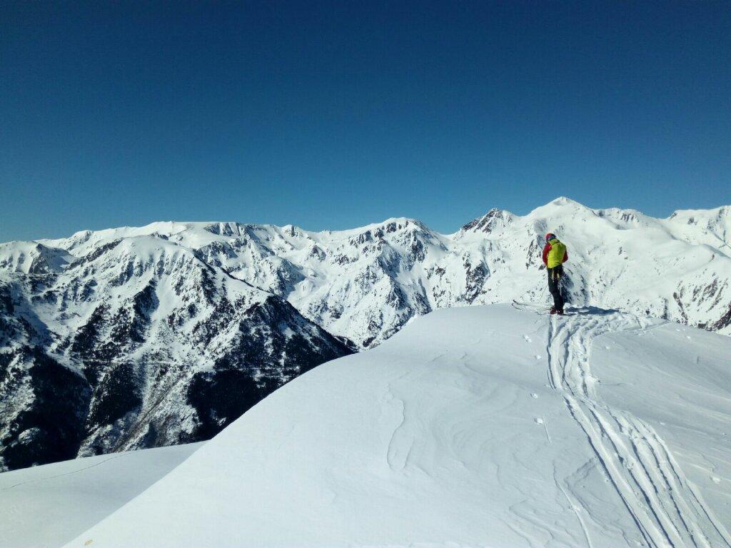 Combinado nieve (Freeride experience + 1 día esquí de montaña)